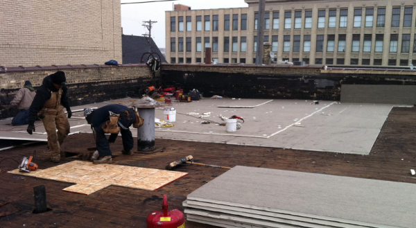 Commercial Building Roof Maintenance & Repair Services
